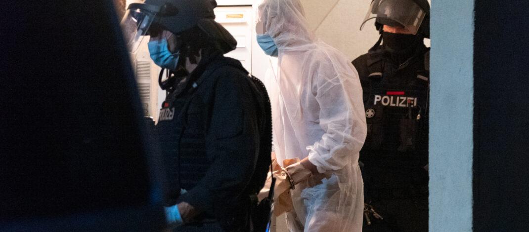Spezialkräfte nach Raubstraftat in Jena im Einsatz: 23-Jähriger festgenommen