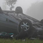Unfall im Nebel bei Bad Tennstedt: Fahrerin kann sich schwer verletzt befreien