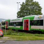 Zug kollidiert mit Auto in Bad Berka: Fahrer ignorierte offenbar das Andreaskreuz